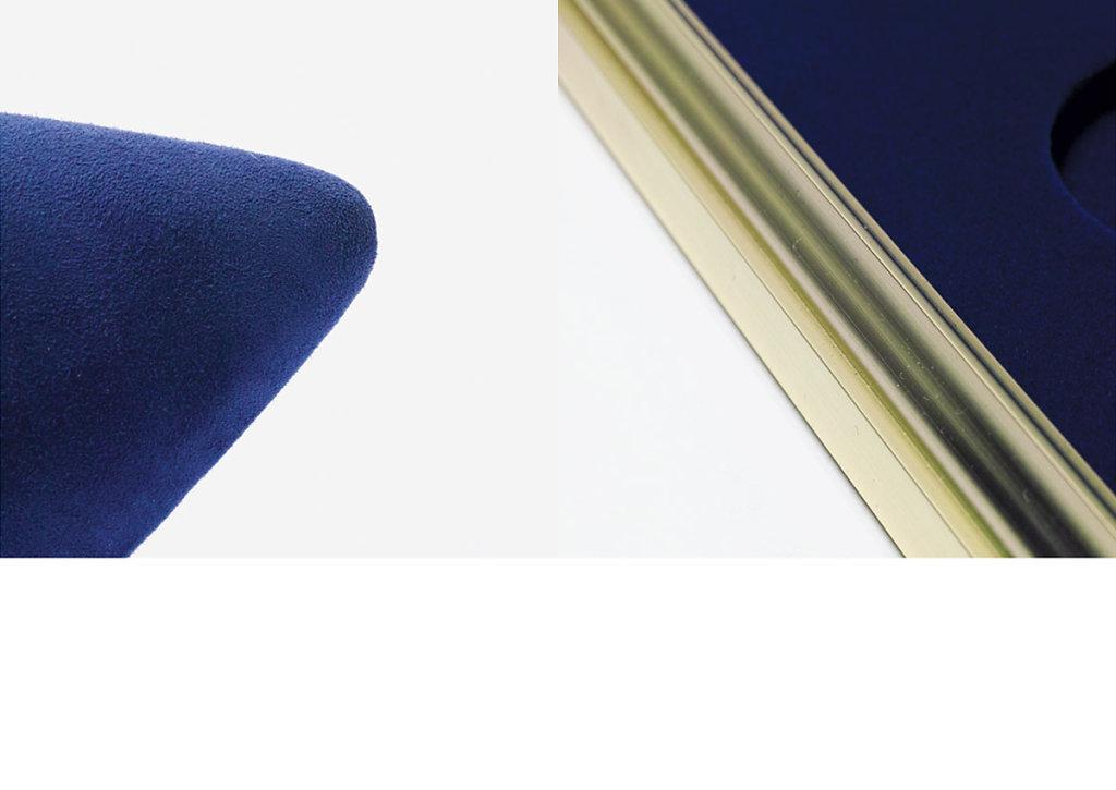 BLUE-6.jpg